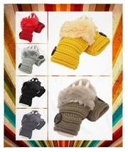 Women's Button Embellished Rabbit Fur Trim Fingerless Knit Gloves - $159,32 MXN