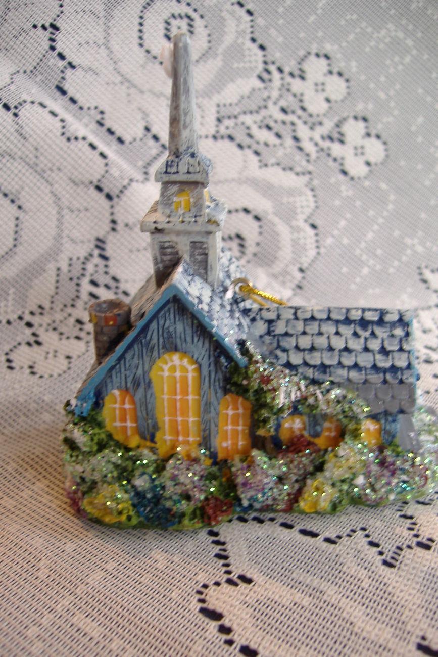 Thomas Kinkade Christmas Ornament: 20 listings