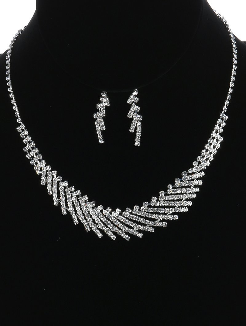 Pretty Silvertone Rhinestone Matching Choker Necklace and Earrings Set