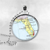 FLORIDA STATE Necklace, Florida, Vintage Florida Map, Florida Map Jewelry, Flori - $12.95