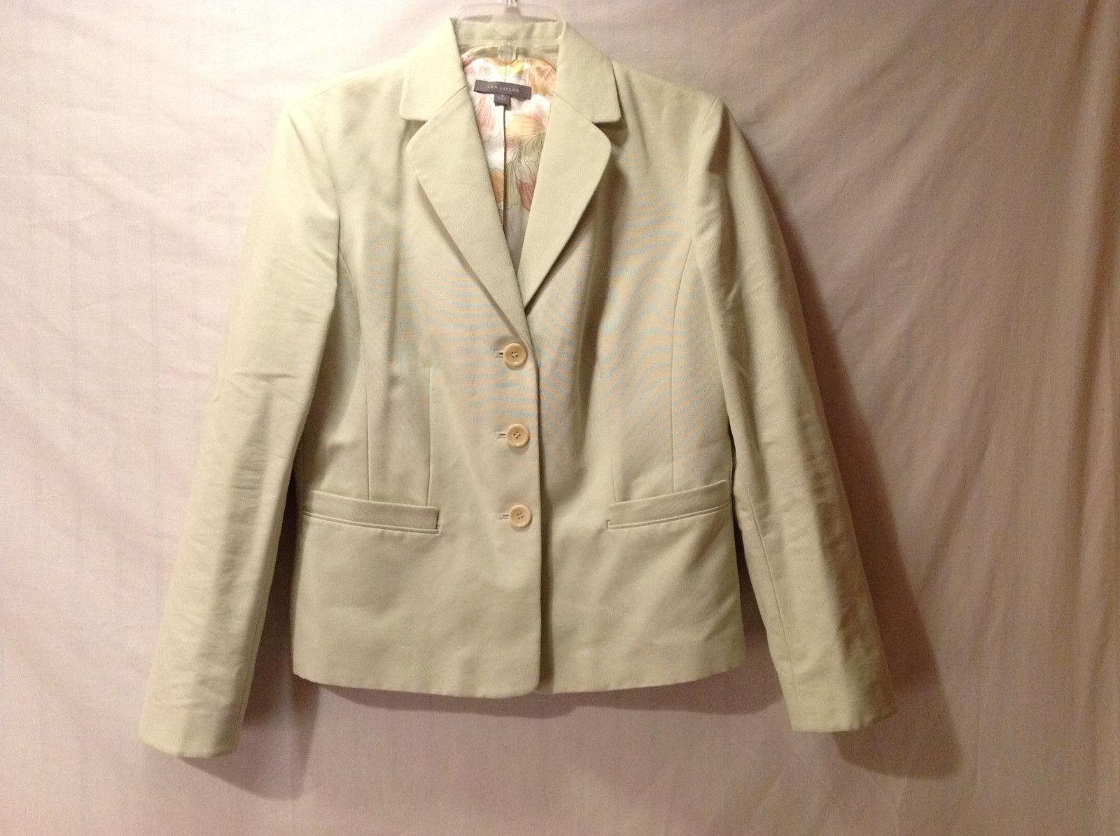 Ann Taylor Womens Size 10 Short Blazer Light Pastel Green Notched Lapel & Collar
