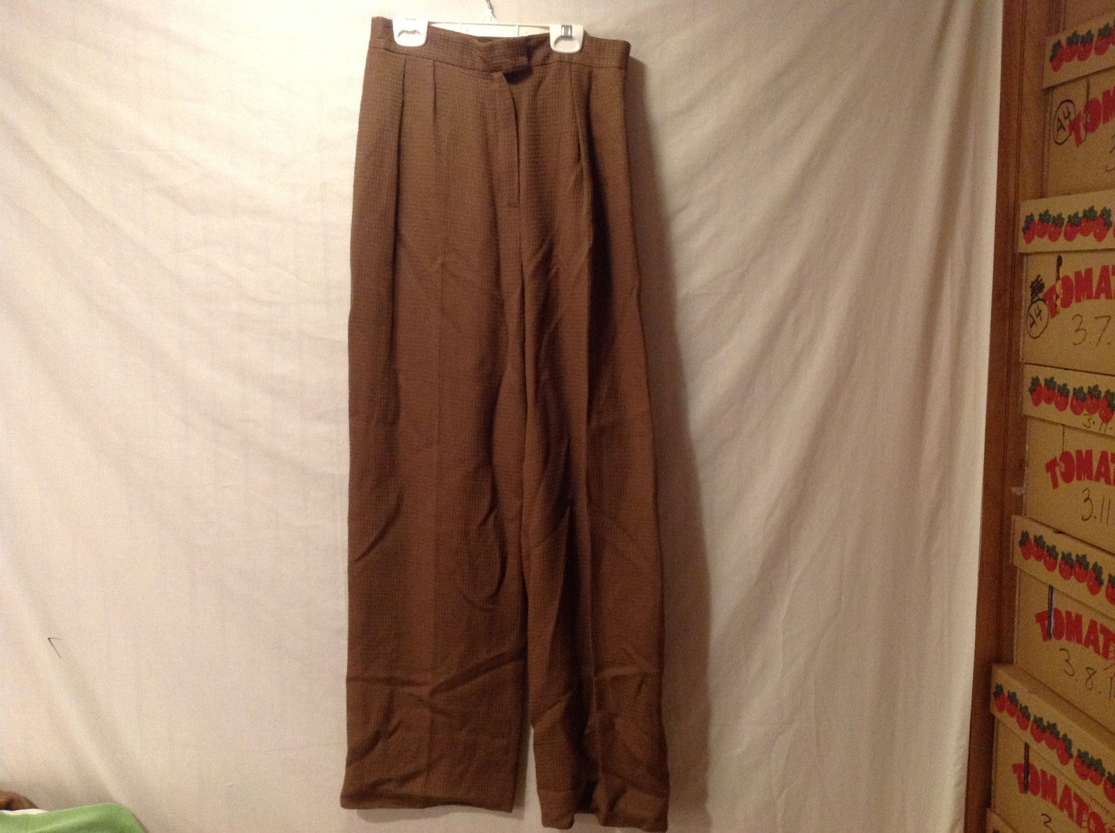 No Brand Women's Size 6 Trousers Pants Creased Leg Pleats Front Brown Twill Look