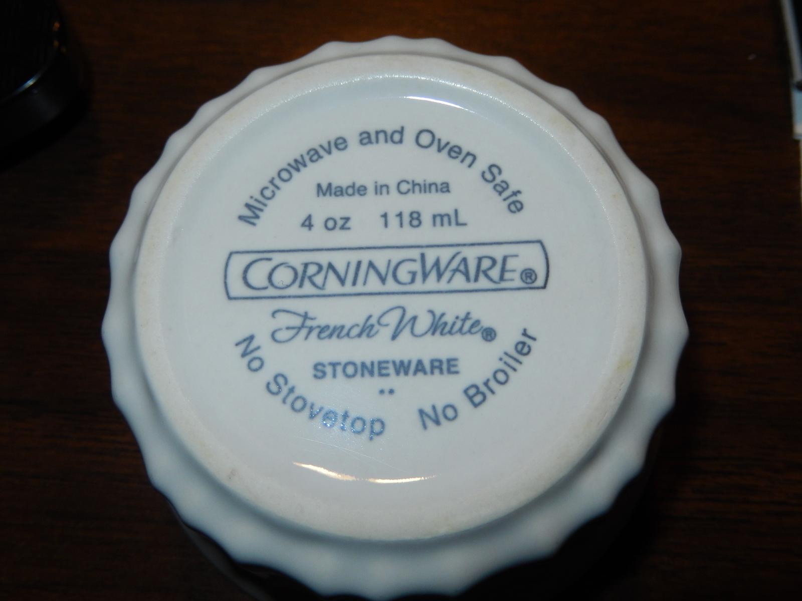 4 CorningWare French White Stoneware Custard Dish Ramekins EUC