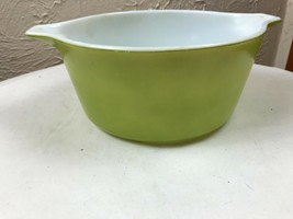 PYREX Green 474-B Casserole Cinderella Baking Dish 1.5 Qt - $9.46