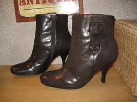 Womens 6.5 6 1/2 Enzo Angiolini Brn Real Leather Booties Boots Shoes Pretty! - $19.09