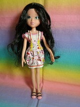 2009 MGA Entertainment Moxie Girlz Lexa Doll - with outfit & feet/shoes - $11.83