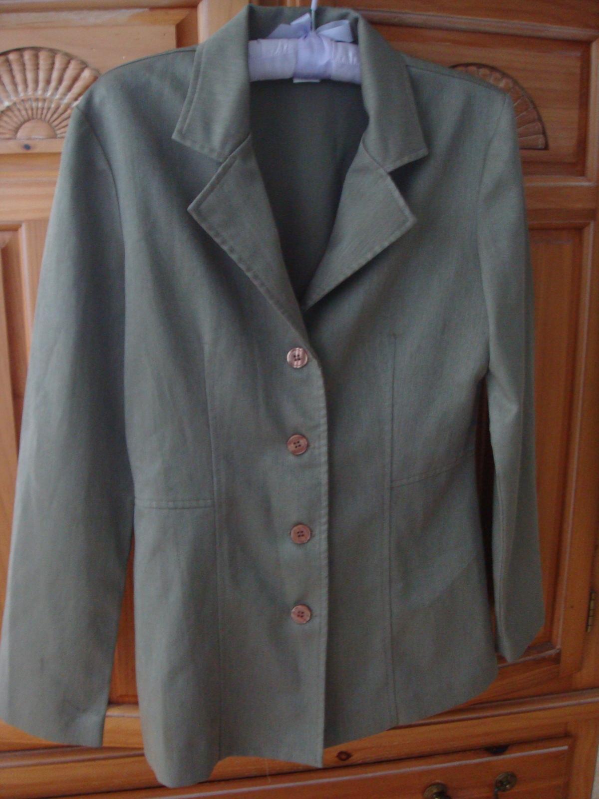 Women's Khaki Blazer Size Medium by Star CCC  - $36.99