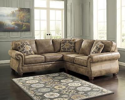 Ashley Larkinhurst Living Room Sectional 2pcs in Earth Traditional Right Facing