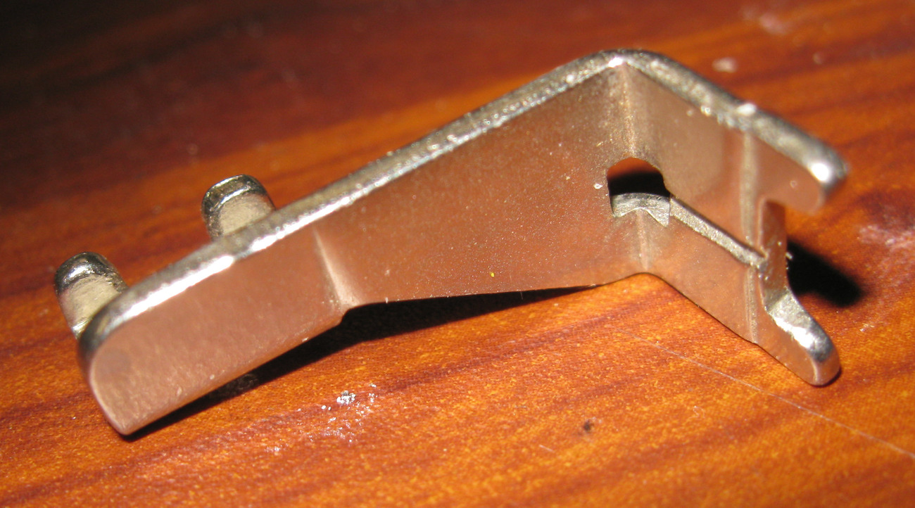 Singer 401A Button Foot #161168 Used Working Slant Shank Foot