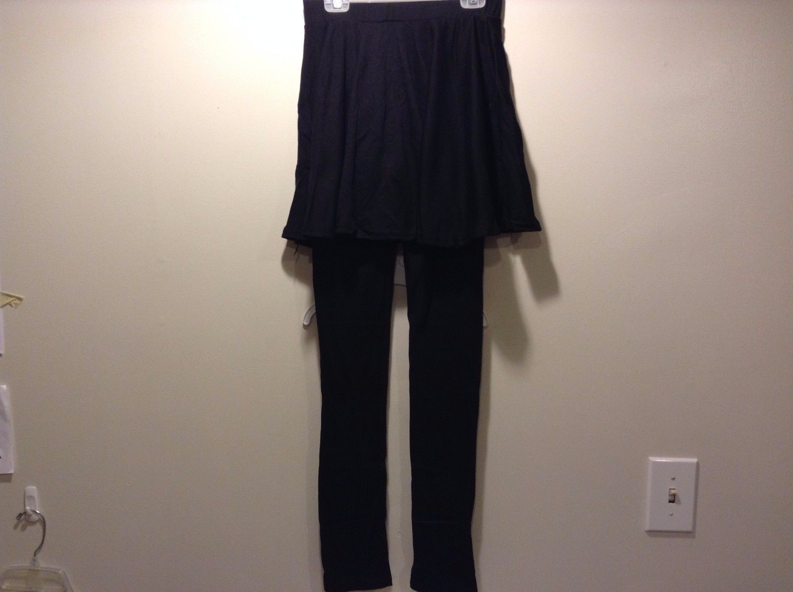 Howard's Flared Skirted Leggings Black One Size Fits Most
