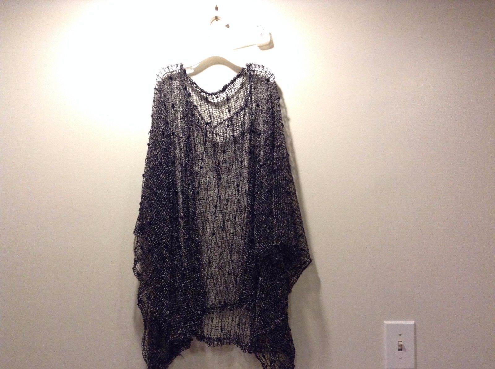 Life Is Beautiful Black Pale Pink Loose Black Knots Hollow Circle Sequins Poncho