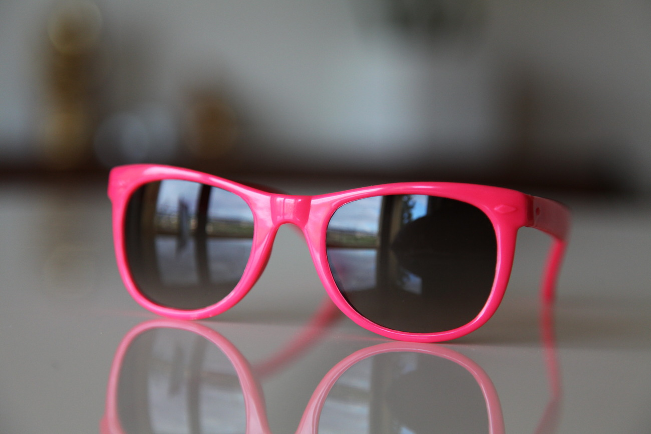 Classic Tortoise Sunglasses Hot Pink/ Dark Lenses
