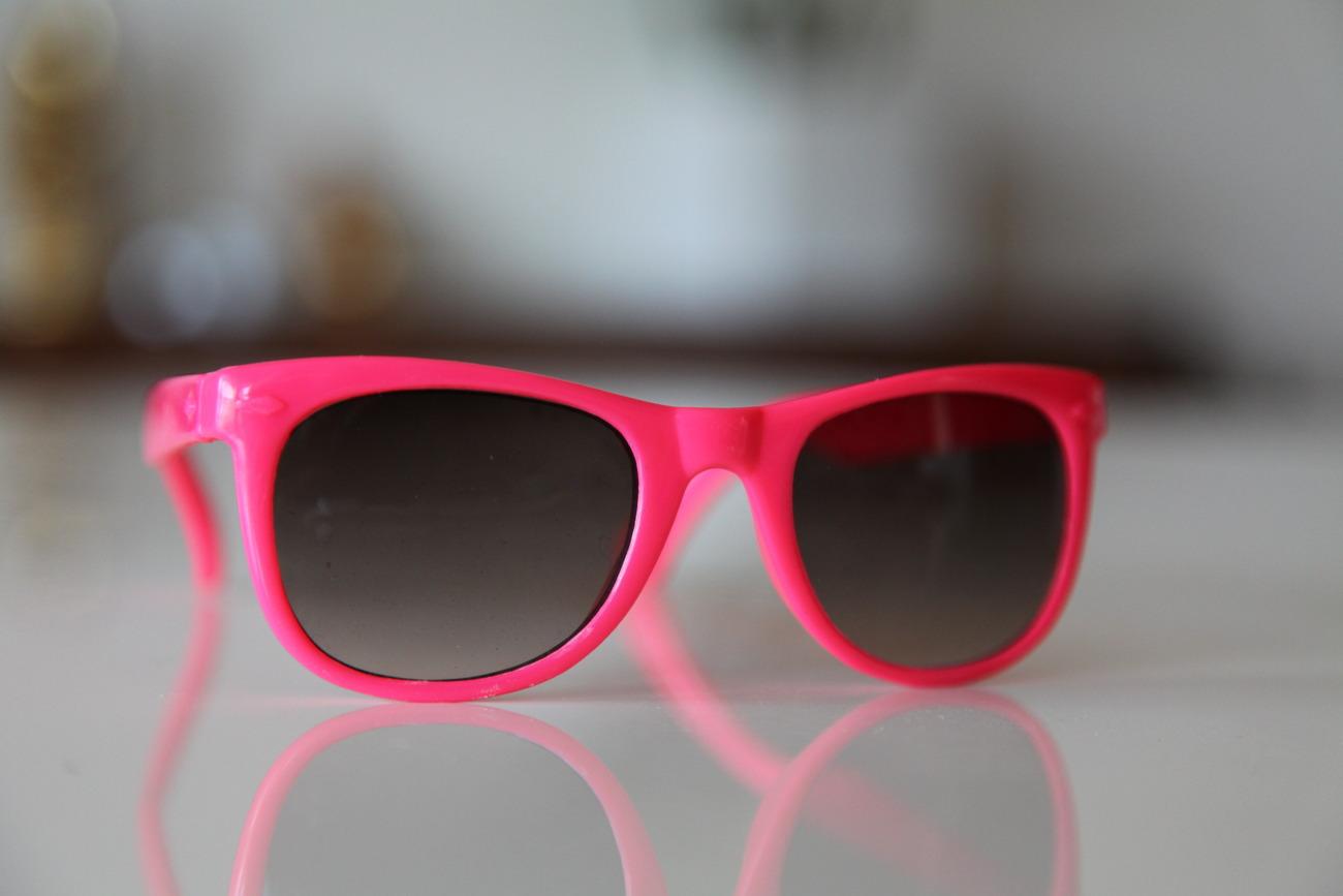 Classic Tortoise Sunglasses Hot Pink/ Dark Lenses
