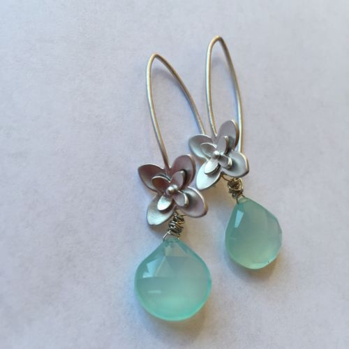 SWEET FLOWER PERUVIAN BLUE CHALCEDONY  Earrings Silver