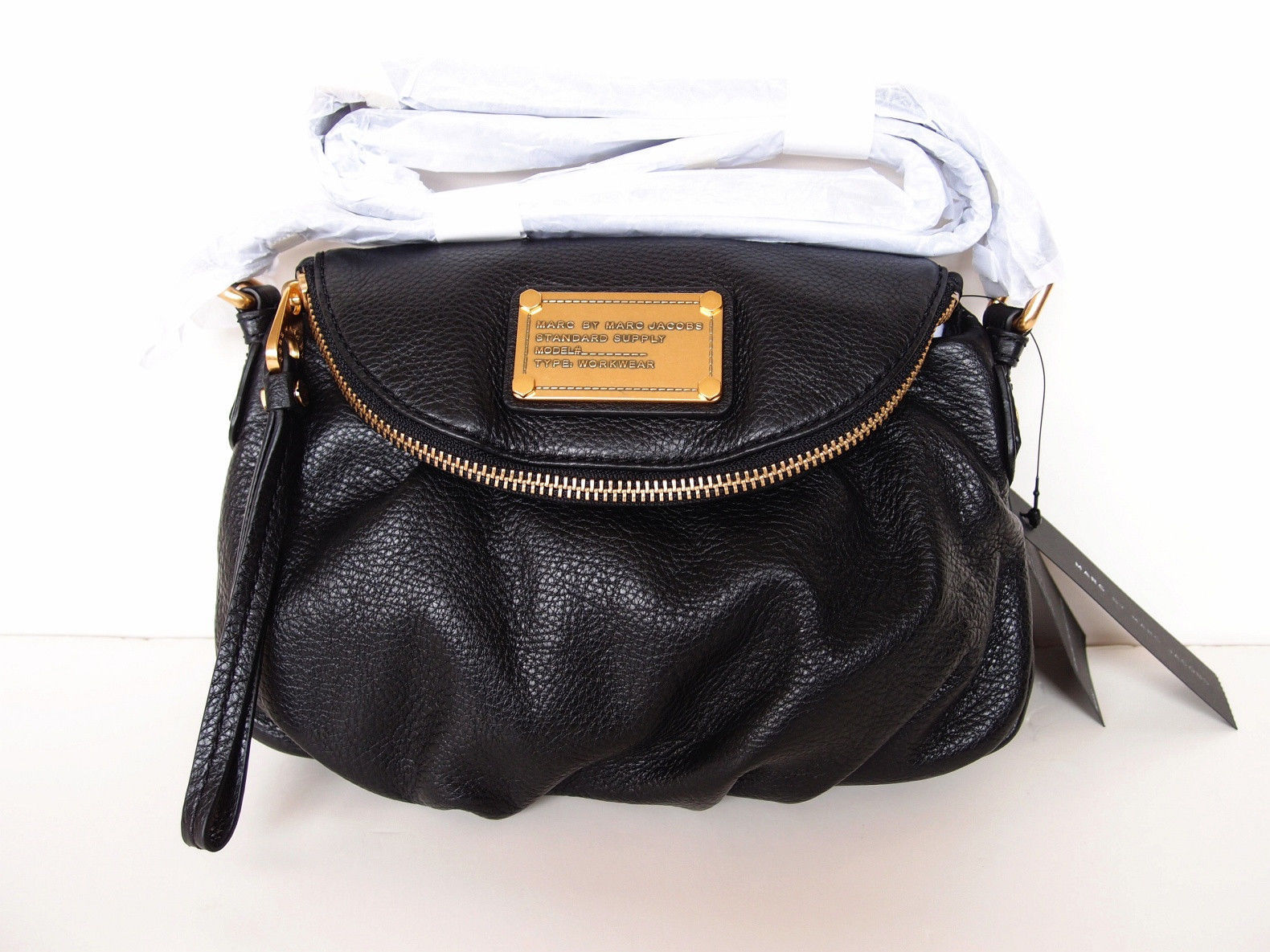 d28bd79443fa Nwt Marc By Marc Jacobs Classic Q Mini and 50 similar items