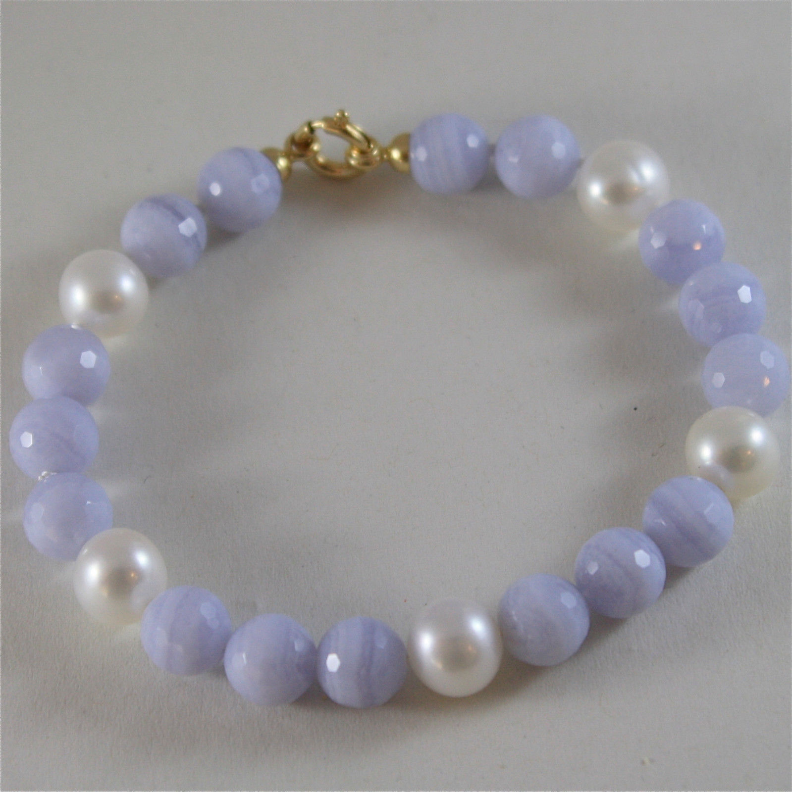 18K YELLOW GOLD BRACELET WITH STRAND PEARLS AND CHALCEDONY 7.48 IN MADE IN ITALY