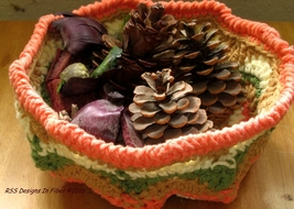 Baslet   large fall colors 2011 w pine cones etc. side rect 3492 1200w 96 thumb200