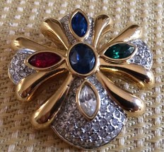 Lovely Vintage Gold Tone Pin Loaded W/Rhinestones - $6.34
