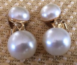 LOVELY VINTAGE GOLD TONE CLIP ON EARRINGS W/IMIT. PEARLS - $5.74