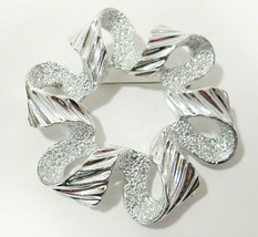 Signed Sarah Coventry Textured & Polished Silver Tone Open Circle Ribbon... - $12.00