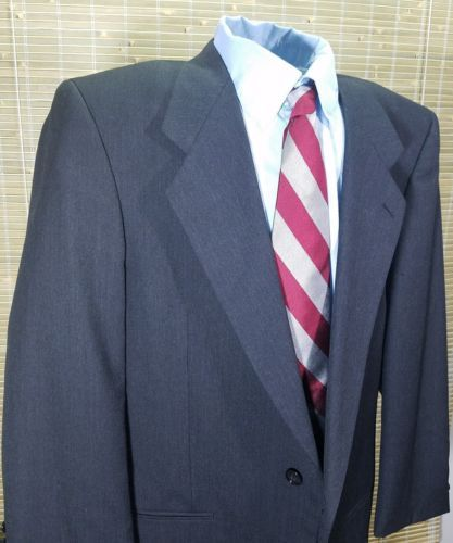 Jones New York Couture Mens Sport Coat Charcoal pure wool 2 buttons Miltons 40L