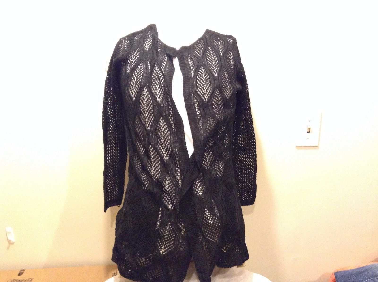 Howard's Black Shawl Long Sleeve Loose Knit Pockets Cotton Polyester Blend