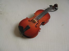 Wood Violin Musical Instrument Christmas Ornament  Realistic - $13.37