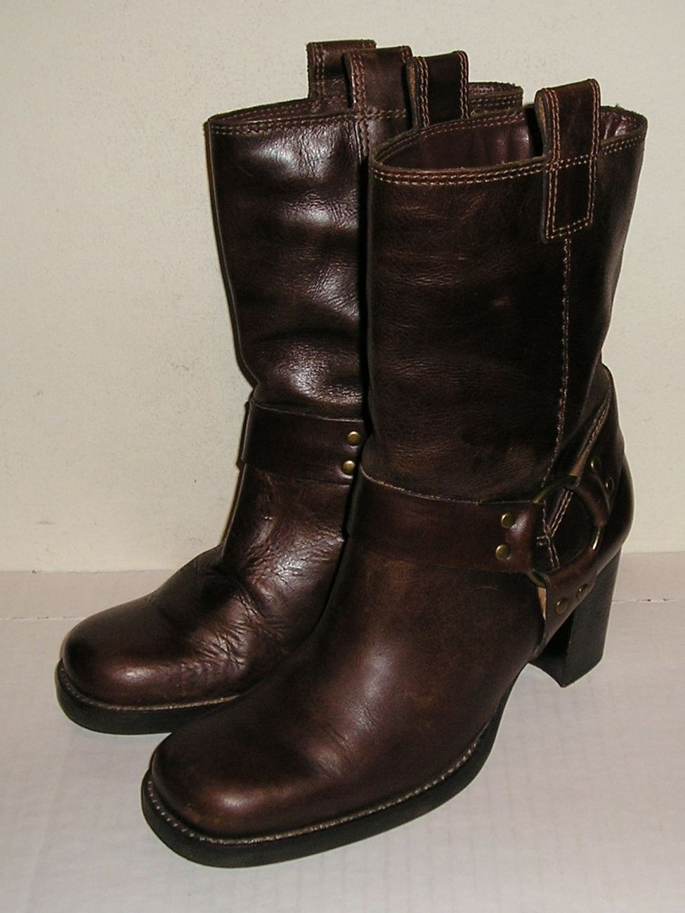 MIA Women's Brown Leather Riding Pull-On Heel Boots Shoes 6.5 M NICE!