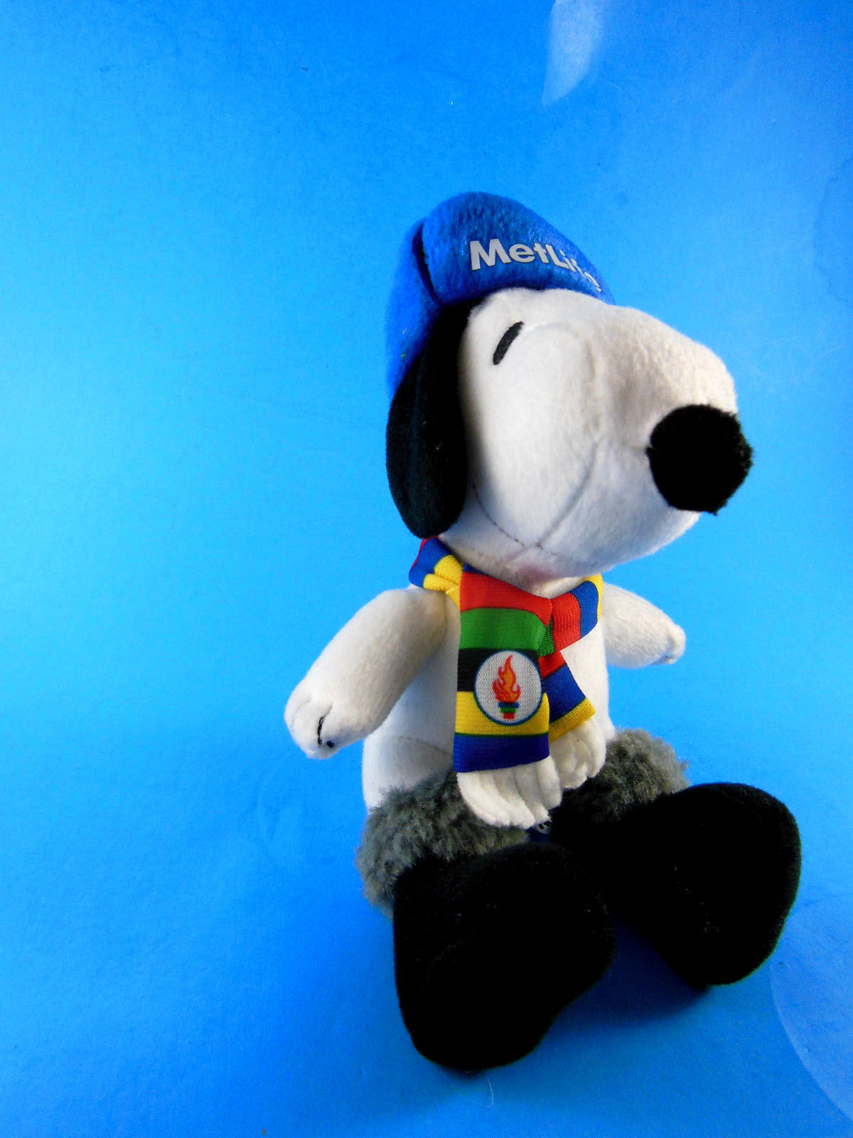 """SNOOPY dog METLIFE Winter Olympics hat scarf PEANUTS PLUSH TOY doll 6"""" excellent"""