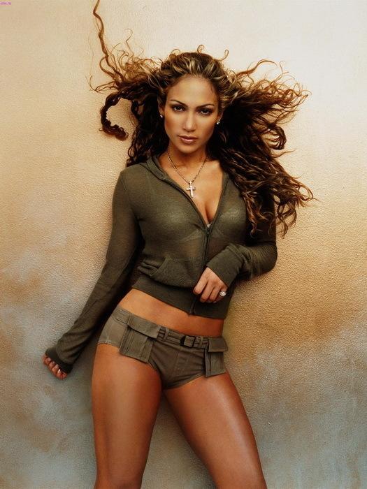 Jennifer Lopez Fan Page on Instagram: Good morning ️ @JLo