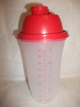 Tupperware Quick Shake Measuring Pitcher Blend & Mix - 2-cups/ 500mL Red - $19.99