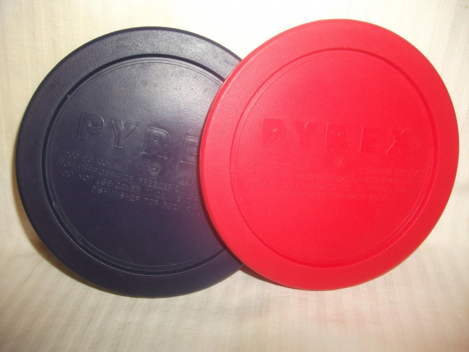 Pyrex 7200-PC Round 4 Cup Storage Lid Cover Blue Red 2 Pack for Glass Bowl 4 3/4 - $19.99