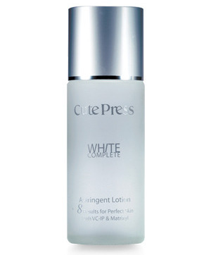 White asiringent lotion b
