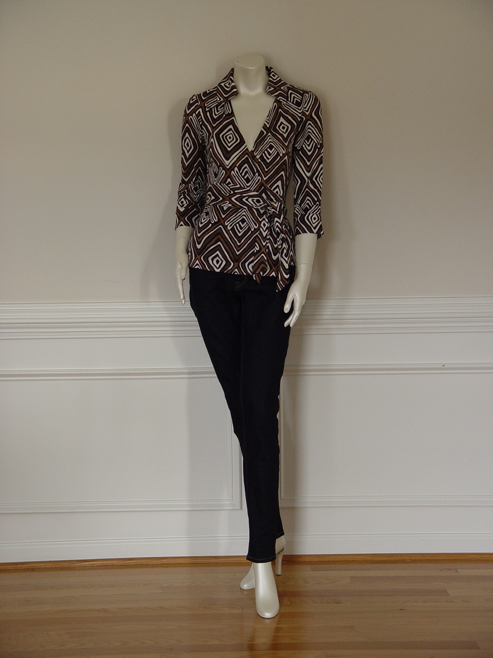 DIANE von FURSTENBERG JILL VINTAGE TRIBAL DIAMOND NEUTRAL TOP BLOUSE -US 8 -UK12