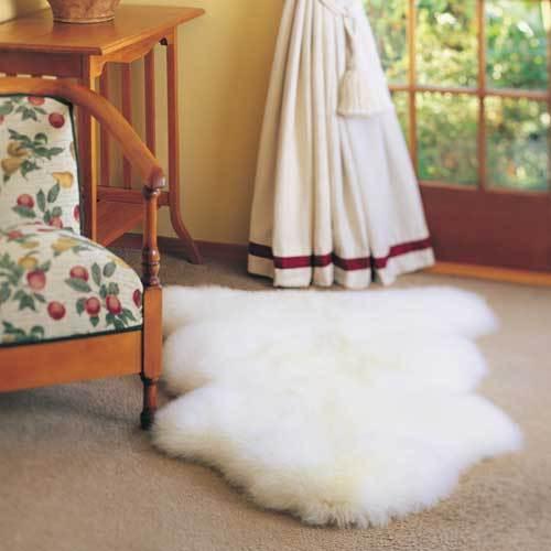 Single Bowron Sheepskin Pelt Rug Natural