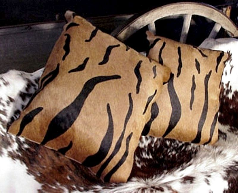 Tiger print cowhide pillow 1mm1 2  60786