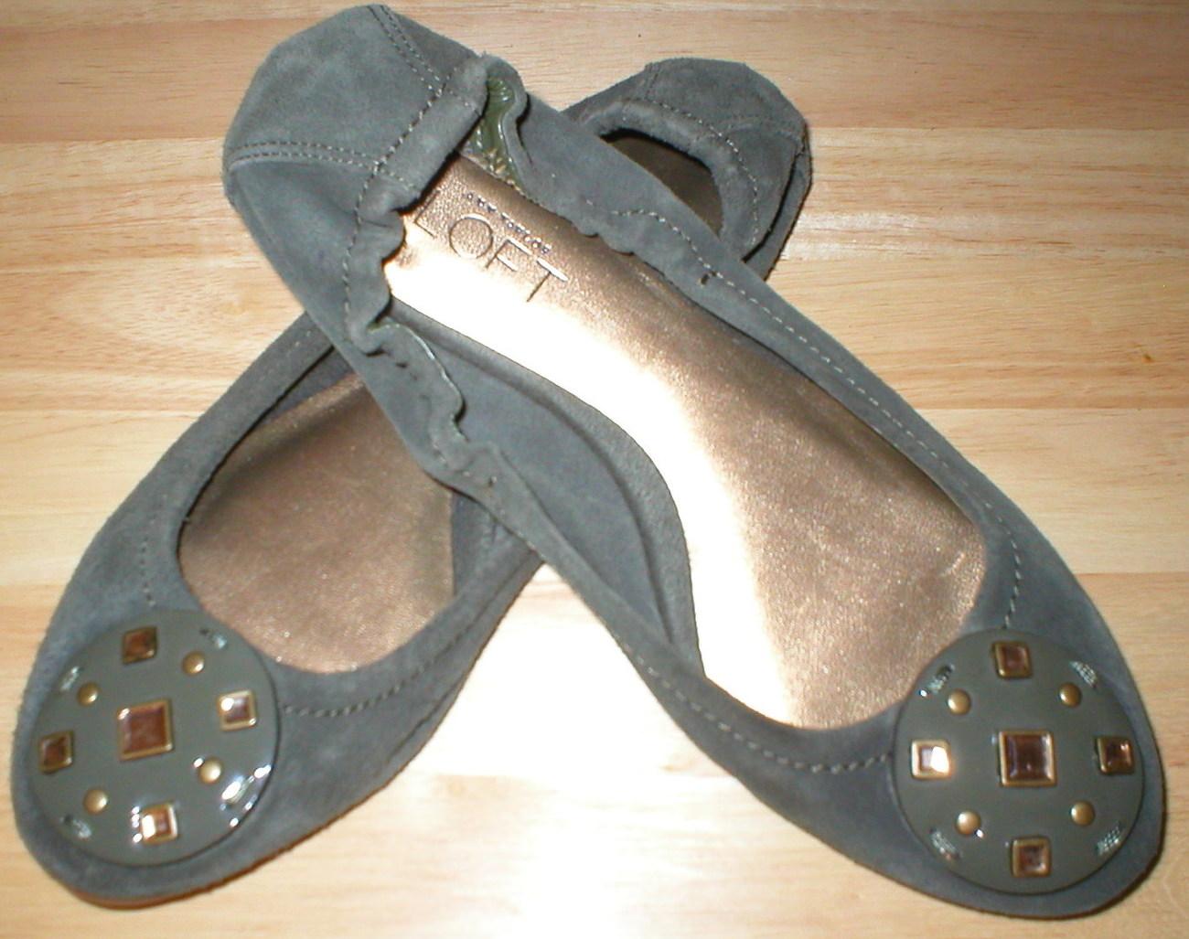 New Ann Taylor Loft Women's Leather Suede Flats Shoes 6 Dark Green  - $10.00