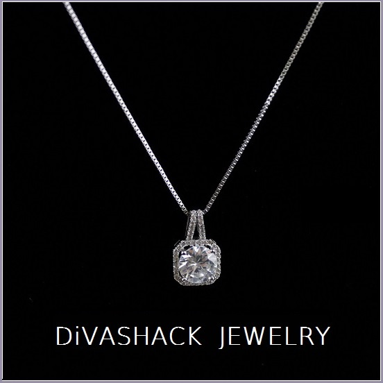 "Rectangle Rhodium 18K WGold Fill Encircled Zirconian Pendant 18"" Box Link Chain"