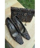 Nine West Women's Size 7.5 Snakeskin Shoes With Matching Clutch Purse - $49.49