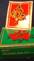 Christmas PIN #0415 Vintage Christmas Tree Goldtone & Red-Green-Clear Rhinestone - $14.80