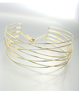 CHIC Urban Anthropologie Gold Metal Ribbed Wire Choker Necklace - £15.36 GBP