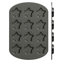 Wilton Whoopie Pie 12-Cavity Star Shaped Pan - $502,67 MXN