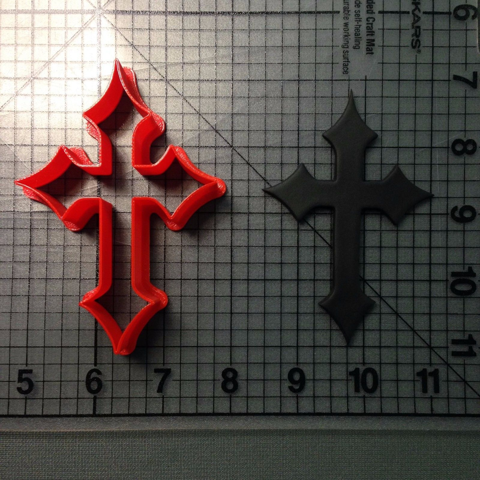 Cross 104 Cookie Cutter - $5.00 - $8.00