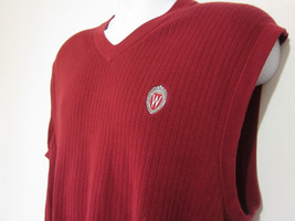 Wisconsin University Sweater Vest Pullover V Neck Red Emblem Badgers Men... - $44.54