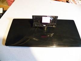 Rca Led42 C45 Rq Tv Stand Base / Glass Chrome Black - $45.00