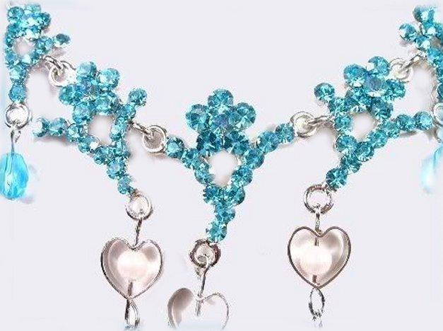 Necklace set aqua hearts sparkle close