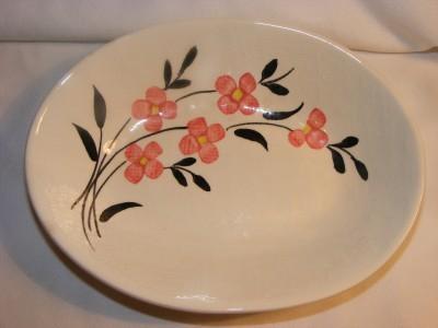 Vintage pottery oval SERVING BOWL w Pink Flower pattern