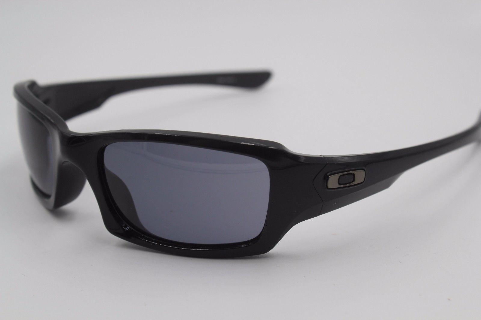 oakley sunglasses oo 03 440 black 4 1 2 authentic