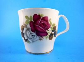 Royal Albert bone china cup red and White Roses with Gold trim - $10.39