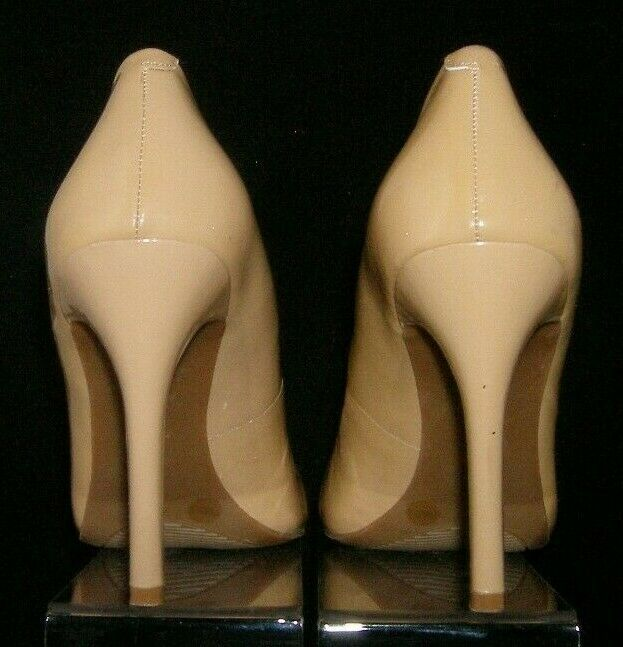 Jessica Simpson Calie beige round toe patent leather sculpted pump heel 7.5B